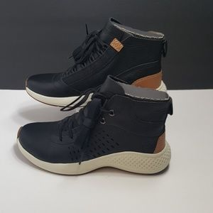Sold!!Timberland FlyRoam Go Lace Chukka Boot